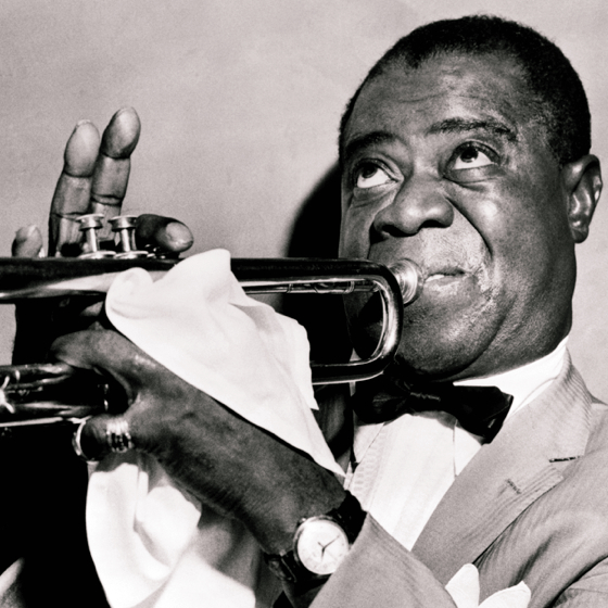 Louis Armstrong warming up the dance